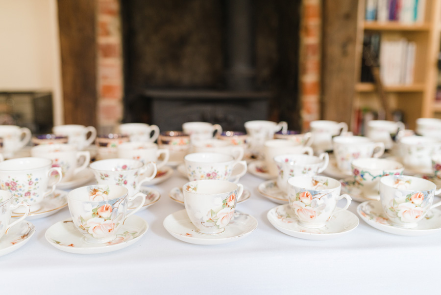 Elegant English wedding with afternoon tea, image credit Hannah McClune Photography (10)