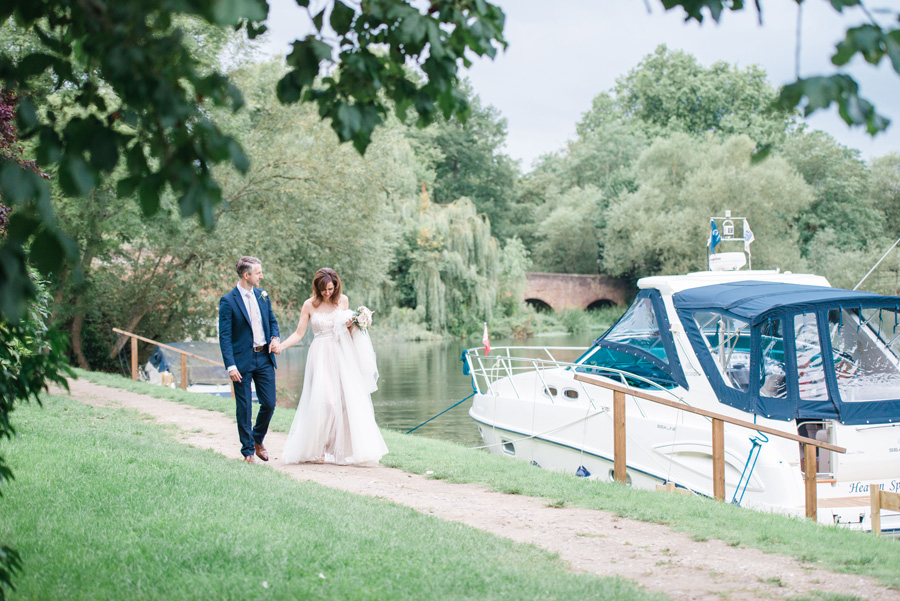 Elegant English wedding with afternoon tea, image credit Hannah McClune Photography (32)