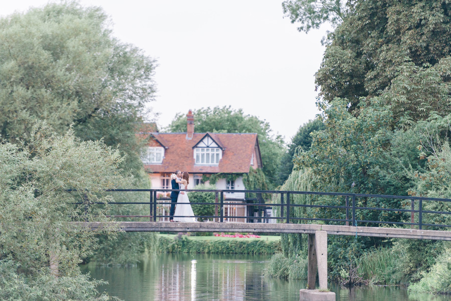 Elegant English wedding with afternoon tea, image credit Hannah McClune Photography (35)