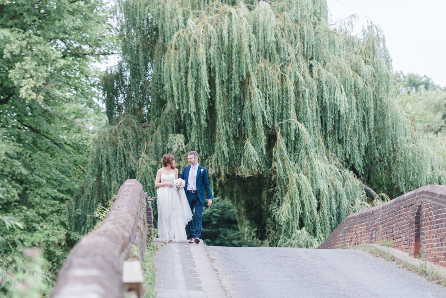 Elegant English wedding with afternoon tea, image credit Hannah McClune Photography (36)