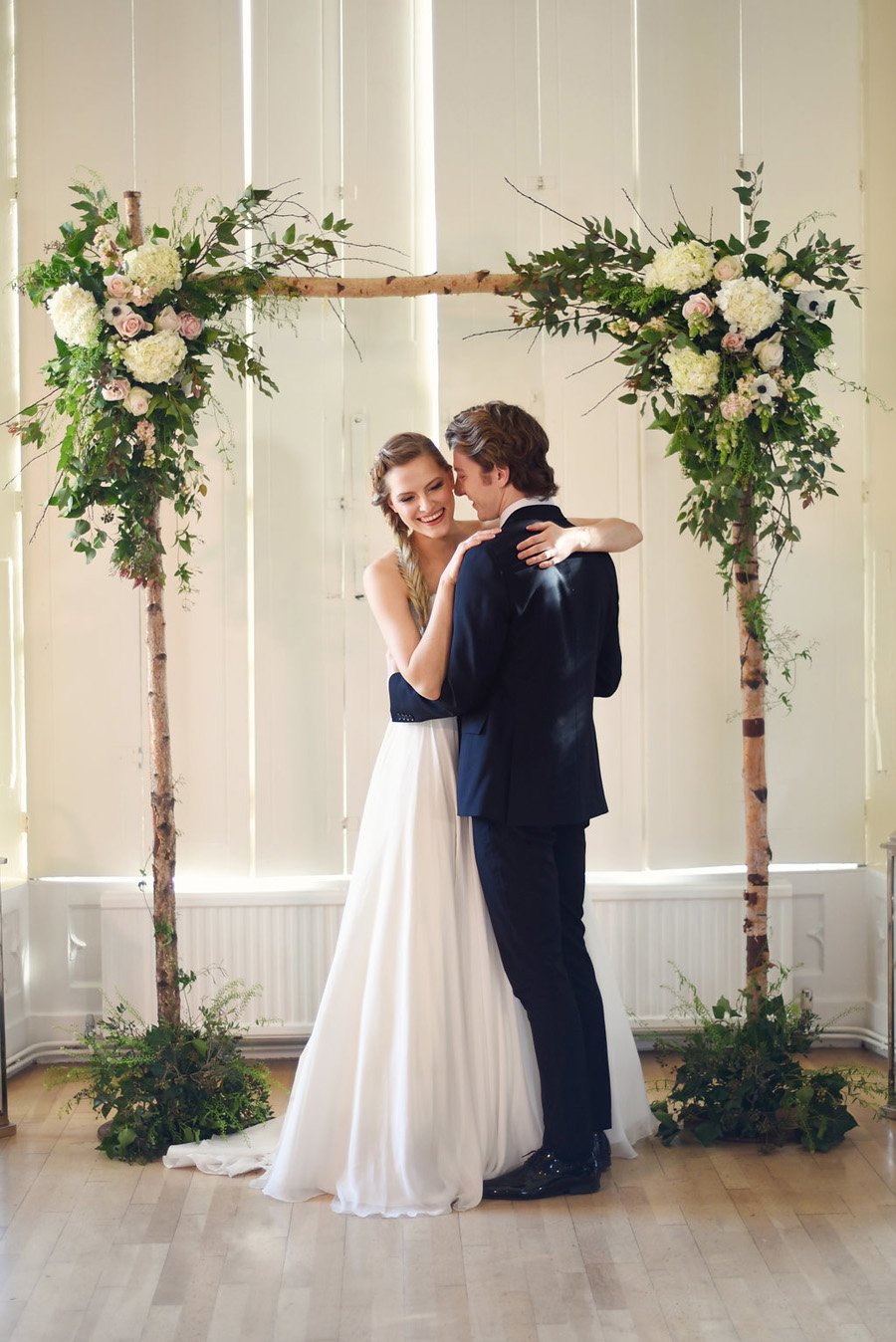Country house winter wedding styling with Bride and Beau and Eva Tarnok Photography (25)
