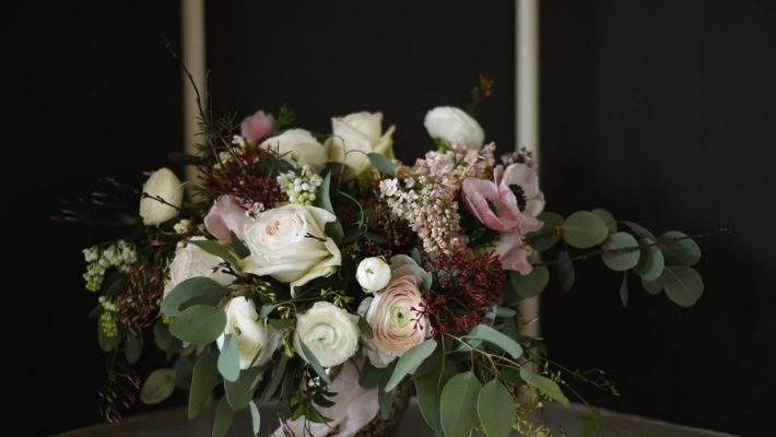 Country house winter wedding styling with Bride and Beau and Eva Tarnok Photography (27)