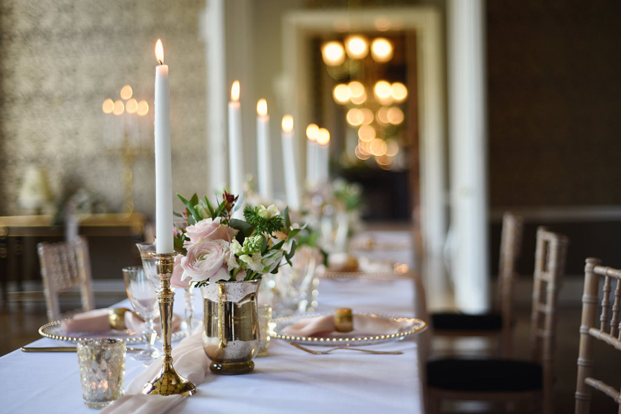 Country house winter wedding styling with Bride and Beau and Eva Tarnok Photography (32)