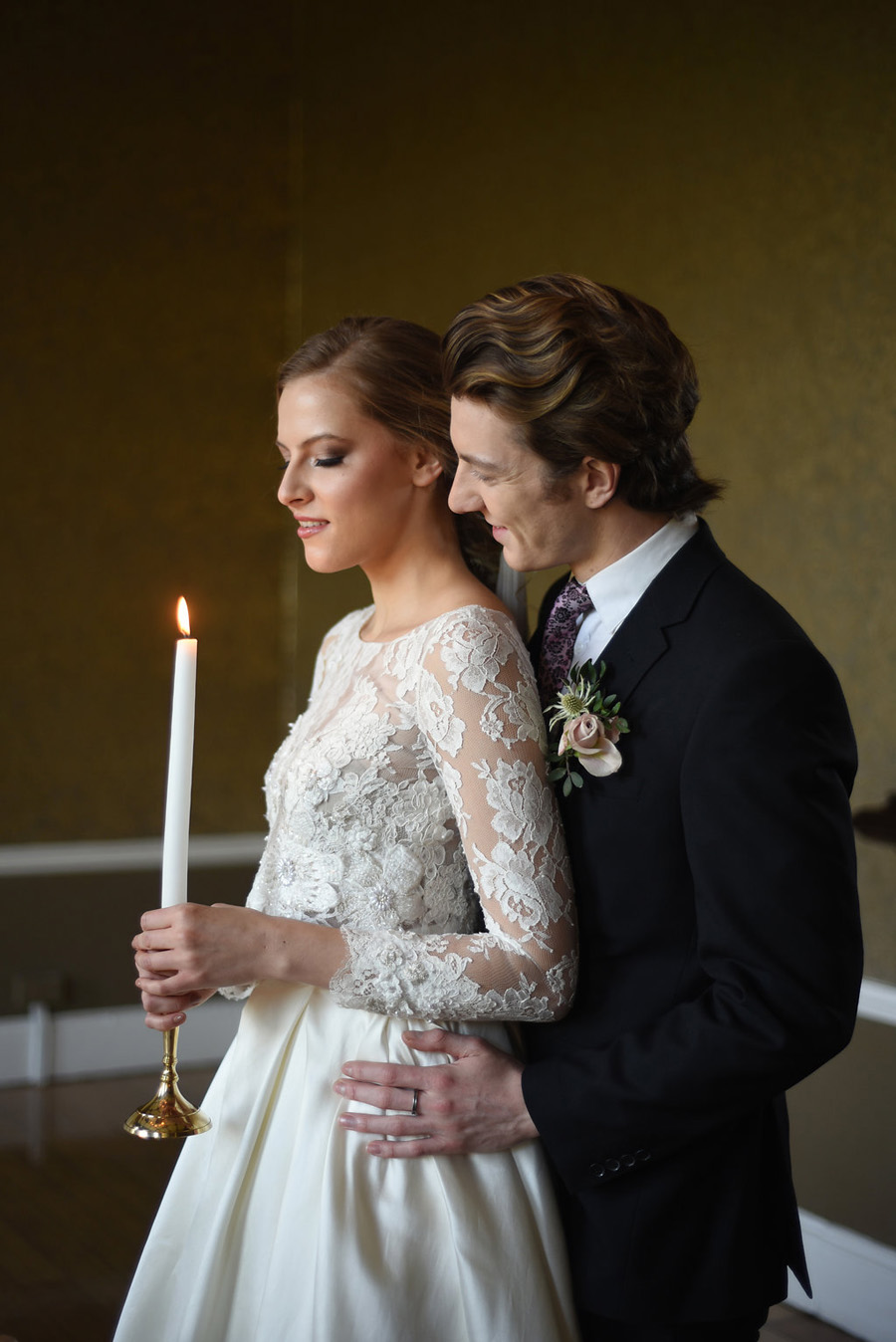 Country house winter wedding styling with Bride and Beau and Eva Tarnok Photography (34)
