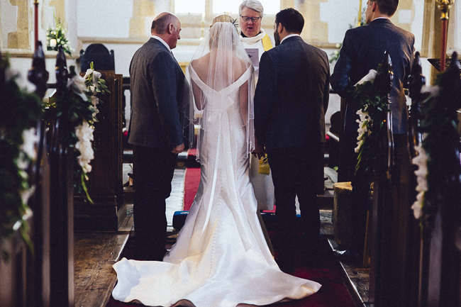 Barn wedding in Worcestershire, images by Curious Rose (13)