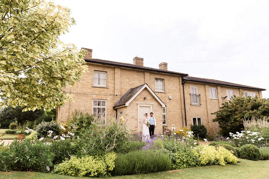Cambridgeshire venue Lattenbury Hill wedding style ideas. Images by Sarah Brookes Photography (21)