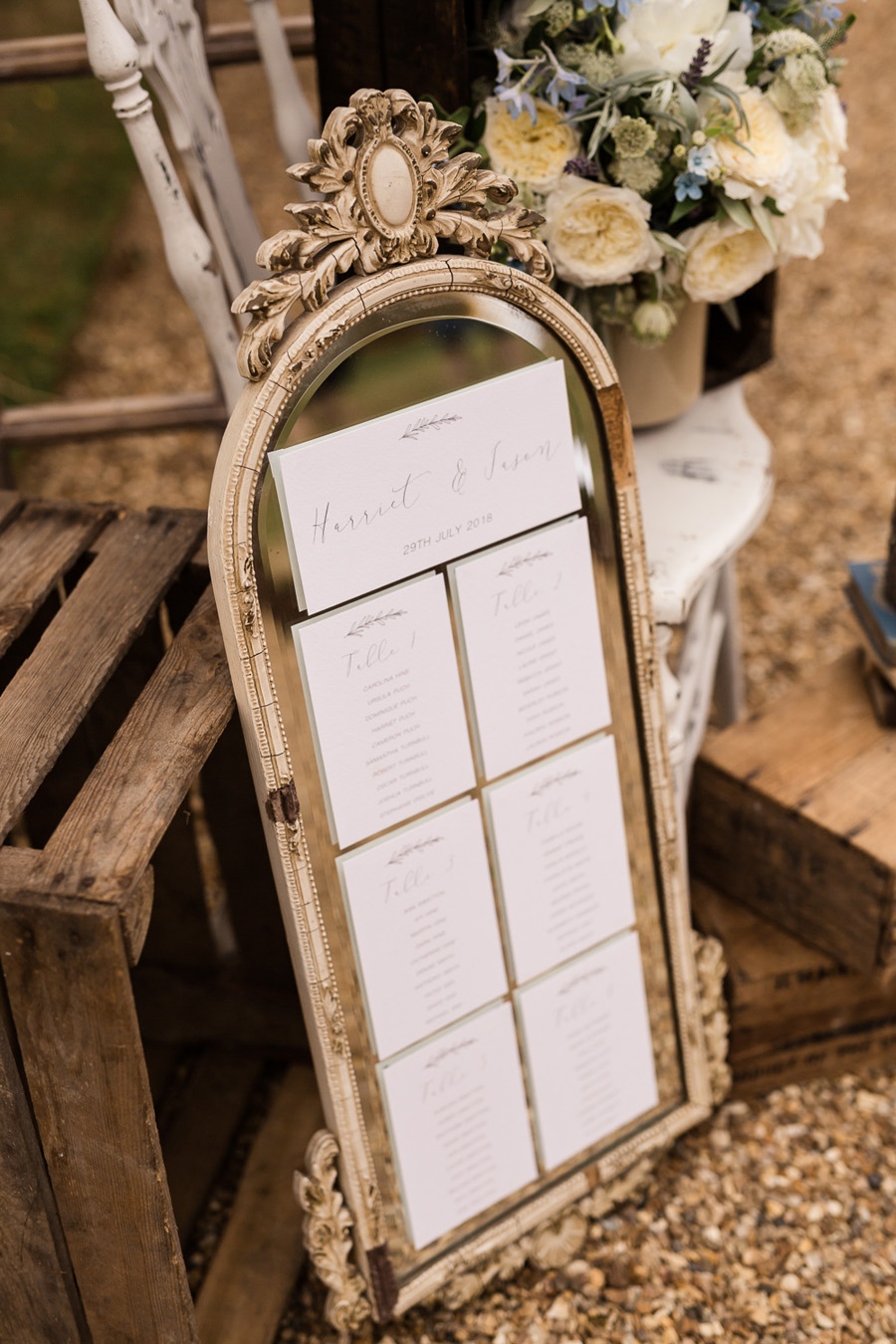 Cambridgeshire venue Lattenbury Hill wedding style ideas. Images by Sarah Brookes Photography (22)