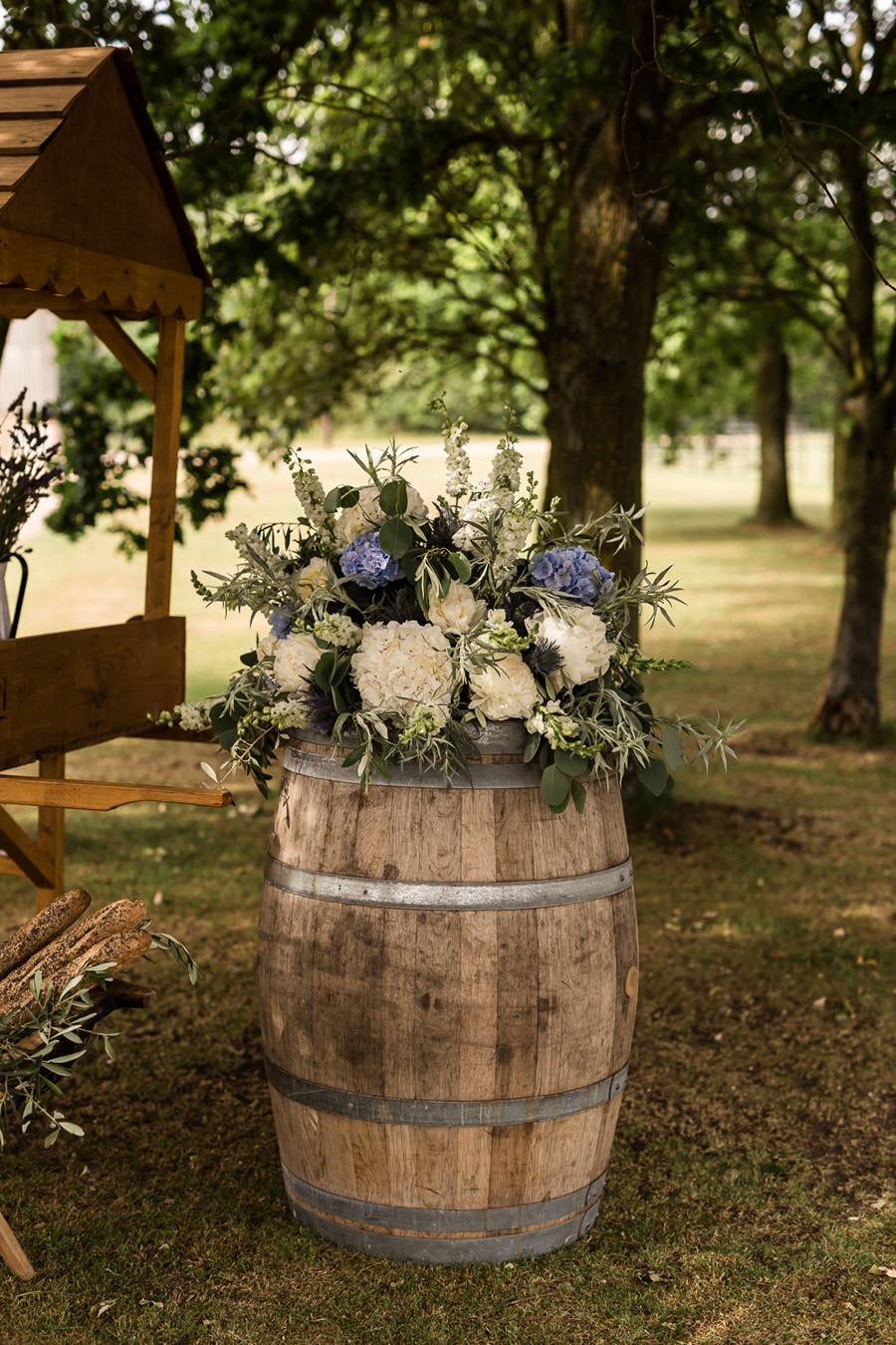 Cambridgeshire venue Lattenbury Hill wedding style ideas. Images by Sarah Brookes Photography (25)