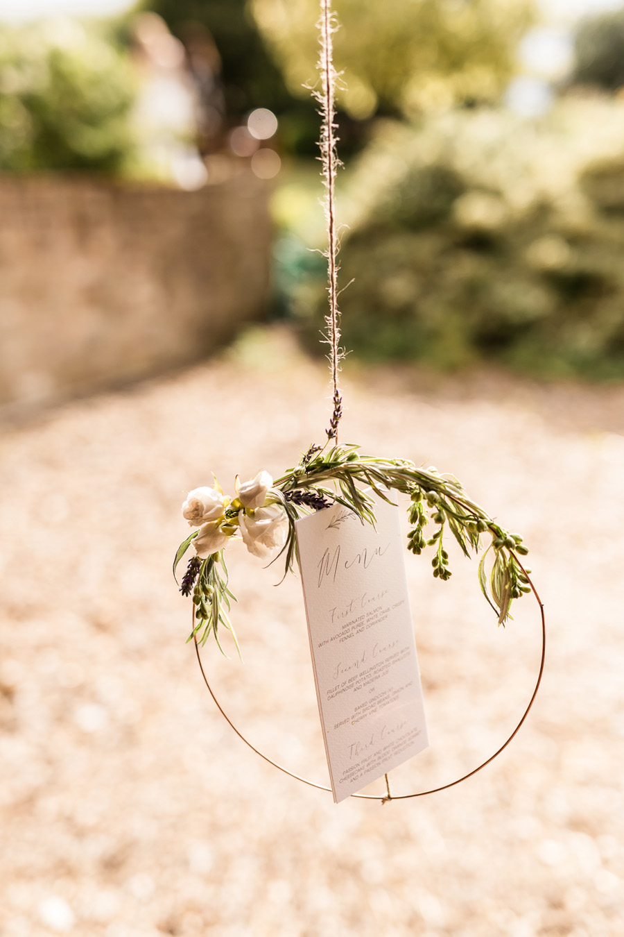 Cambridgeshire venue Lattenbury Hill wedding style ideas. Images by Sarah Brookes Photography (27)