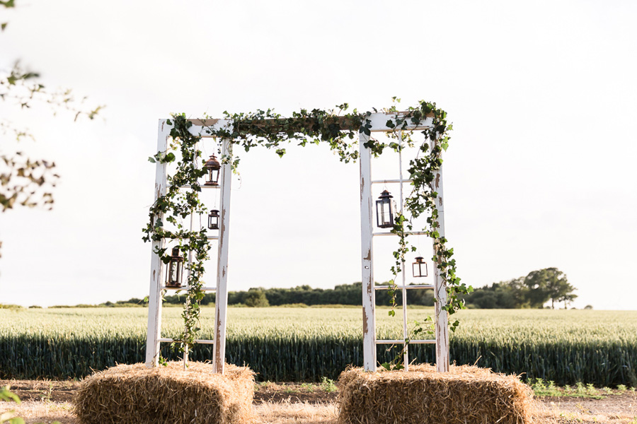 Cambridgeshire venue Lattenbury Hill wedding style ideas. Images by Sarah Brookes Photography (28)