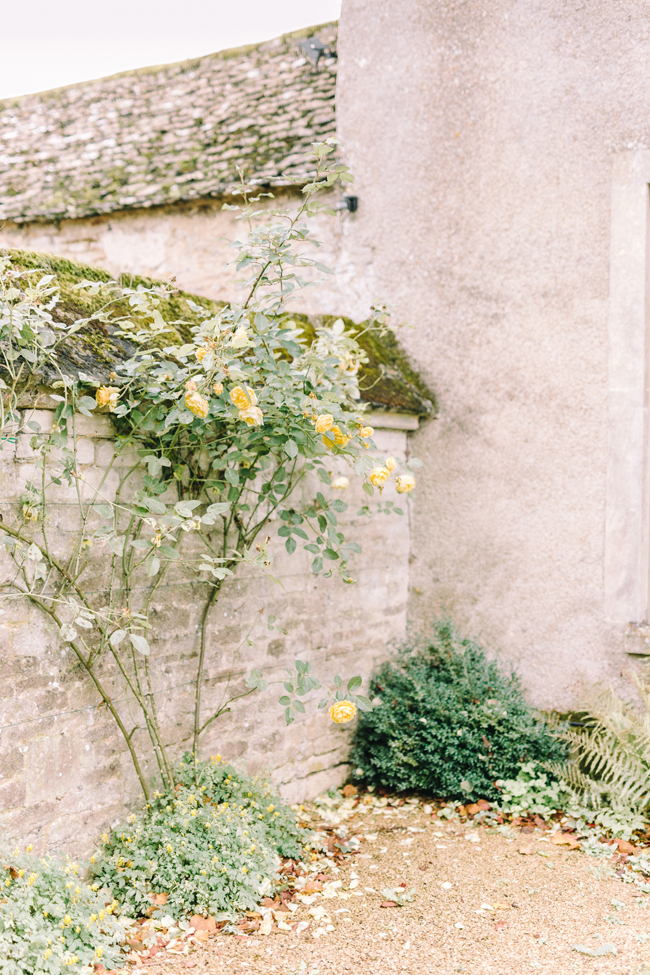 Fine art wedding at Caswell House, image by Jessica Davies Photography (6)