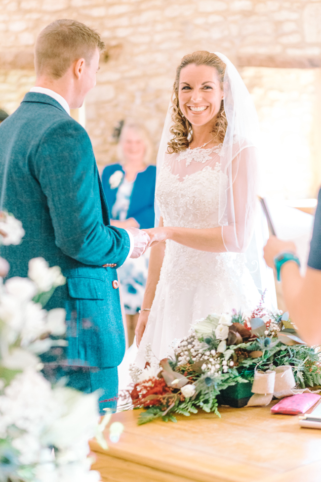Fine art wedding at Caswell House, image by Jessica Davies Photography (20)