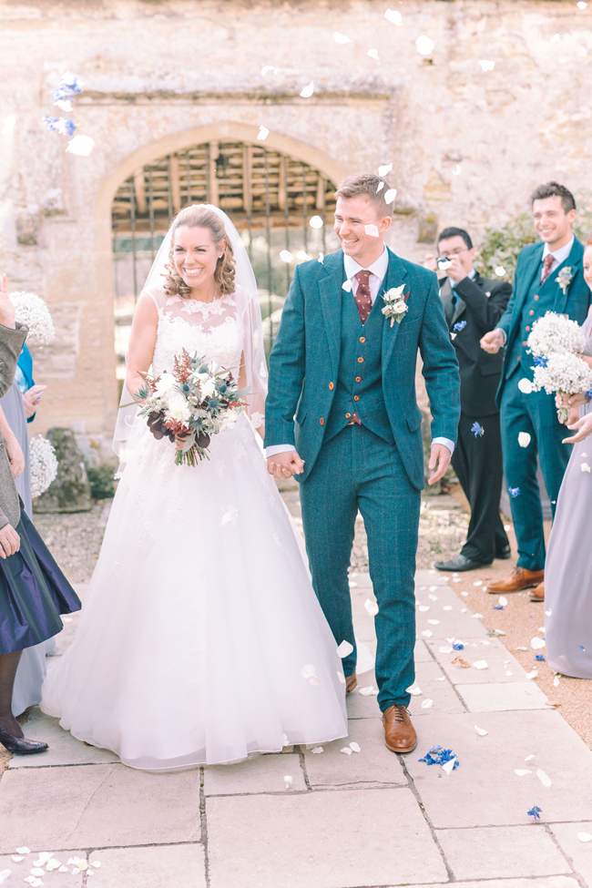 Fine art wedding at Caswell House, image by Jessica Davies Photography (21)