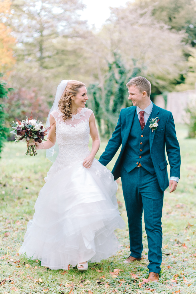 Fine art wedding at Caswell House, image by Jessica Davies Photography (23)