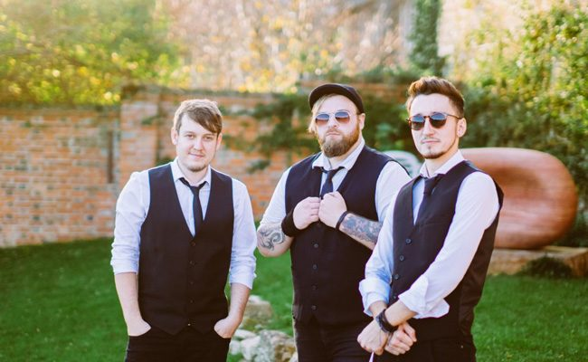 the best uk rock bands for weddings from warble entertainment (2)