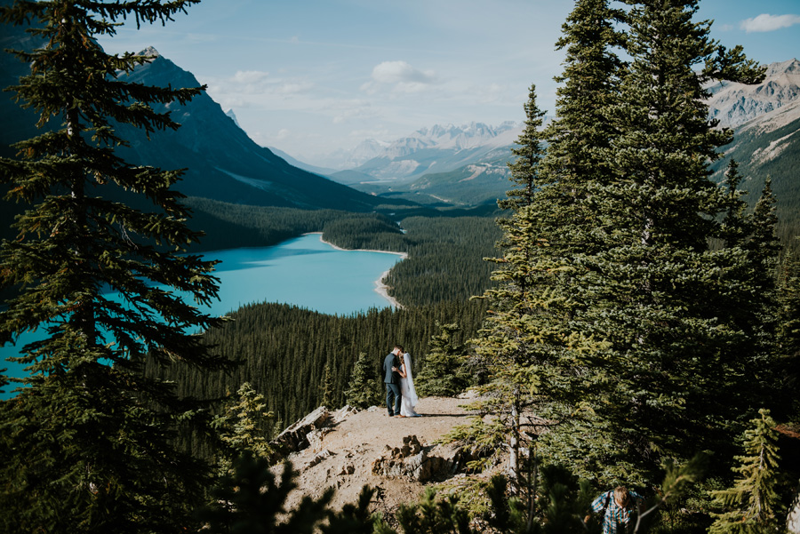 Canadian elopement photographers Terry Photo Co (11)