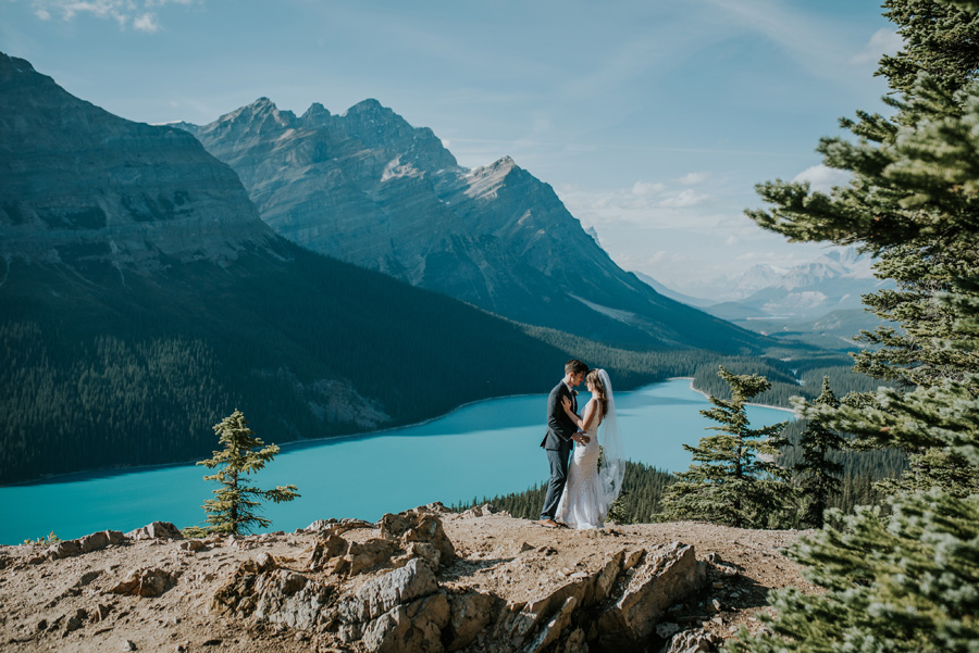 Canadian elopement photographers Terry Photo Co (12)