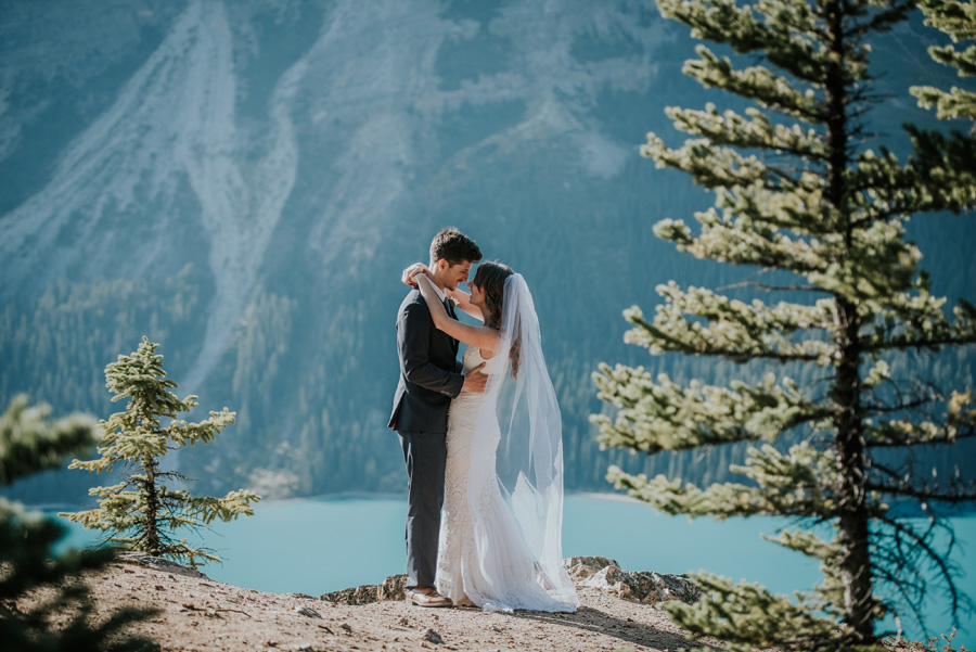Canadian elopement photographers Terry Photo Co (13)