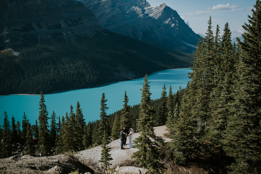 Canadian elopement photographers Terry Photo Co (4)