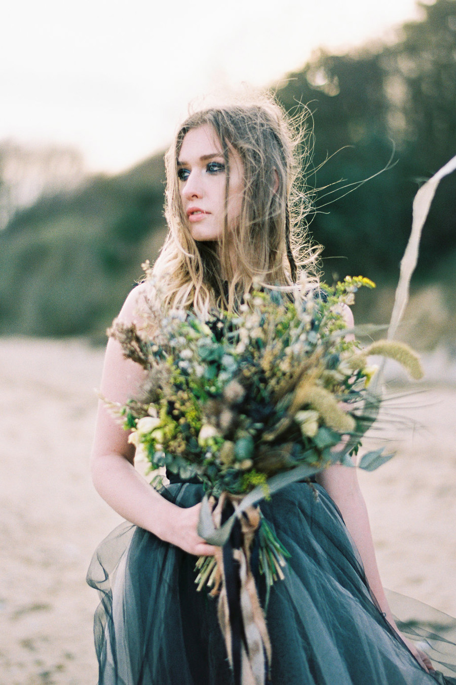 Coastal wedding style ideas from fine art photographer Kathryn Hopkins (9)