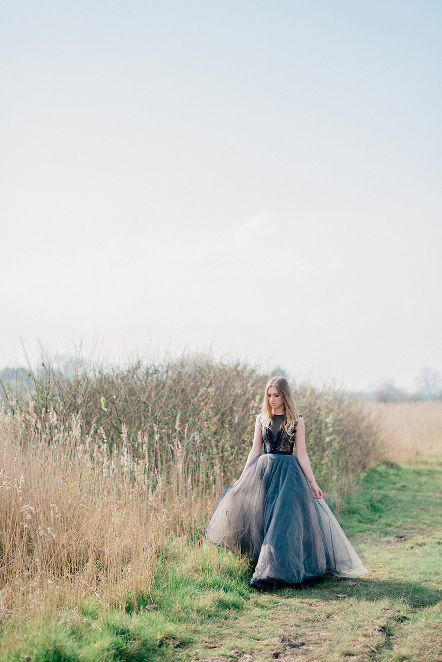Coastal wedding style ideas from fine art photographer Kathryn Hopkins (26)