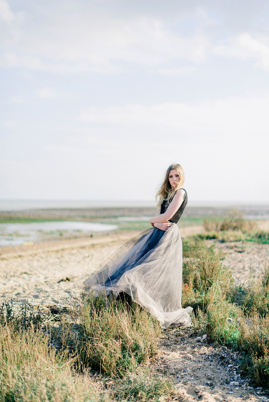 Coastal wedding style ideas from fine art photographer Kathryn Hopkins (23)