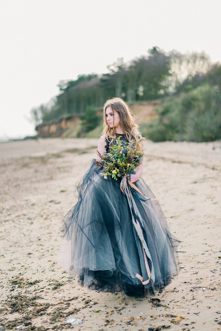 Coastal wedding style ideas from fine art photographer Kathryn Hopkins (19)