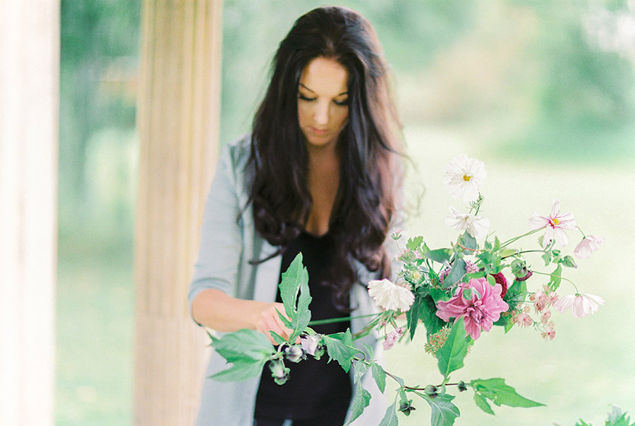 How to style your wedding with British grown flowers, with Alexandra Rose and Bethany Stanley Photography (3)