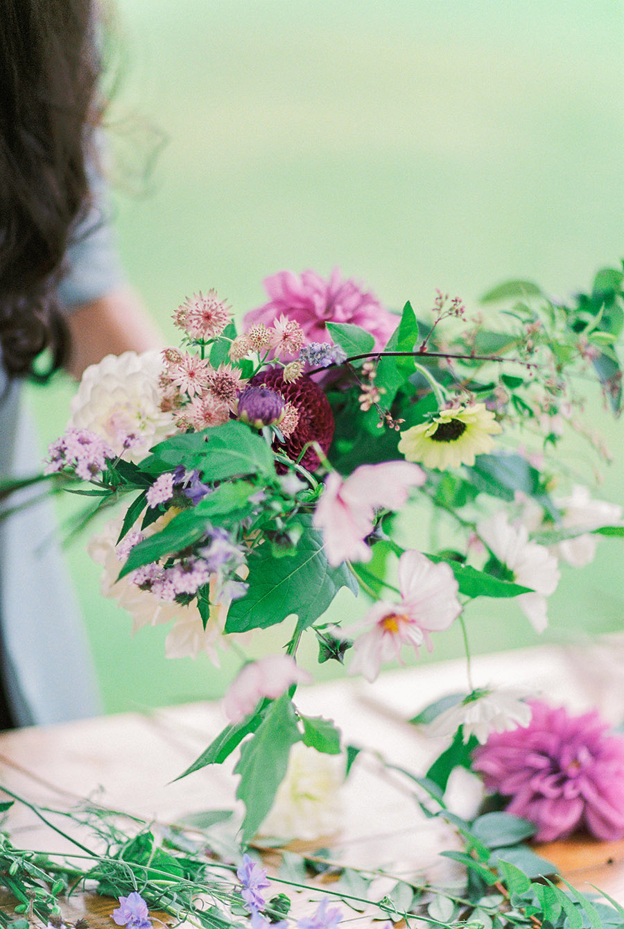How to style your wedding with British grown flowers, with Alexandra Rose and Bethany Stanley Photography (4)