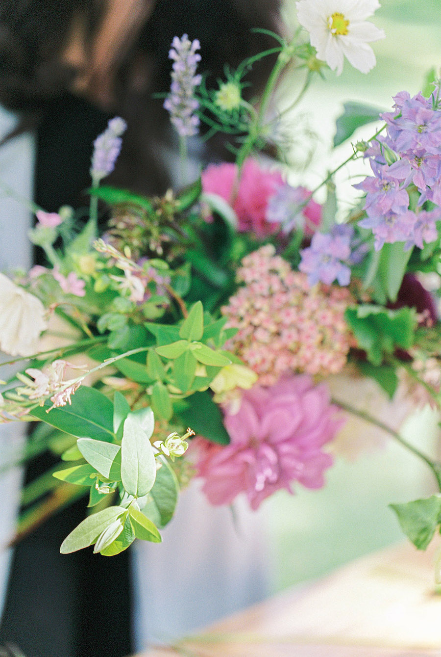 How to style your wedding with British grown flowers, with Alexandra Rose and Bethany Stanley Photography (5)
