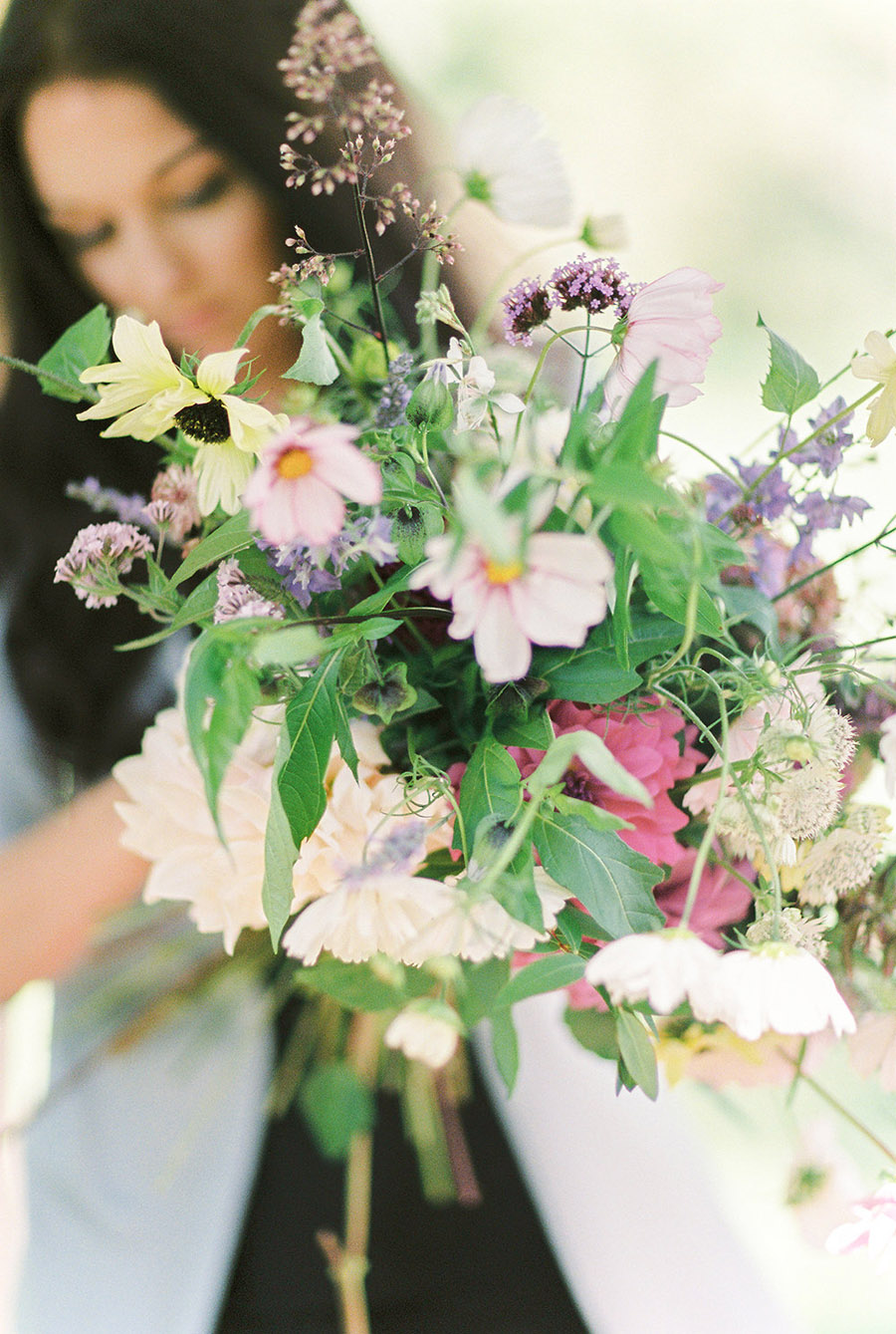 How to style your wedding with British grown flowers, with Alexandra Rose and Bethany Stanley Photography (9)