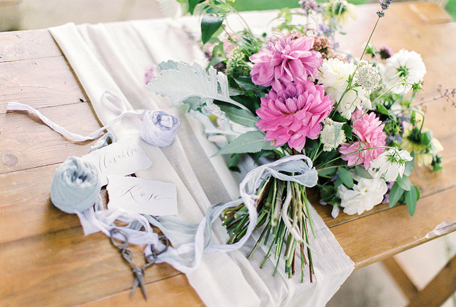 How to style your wedding with British grown flowers, with Alexandra Rose and Bethany Stanley Photography (13)