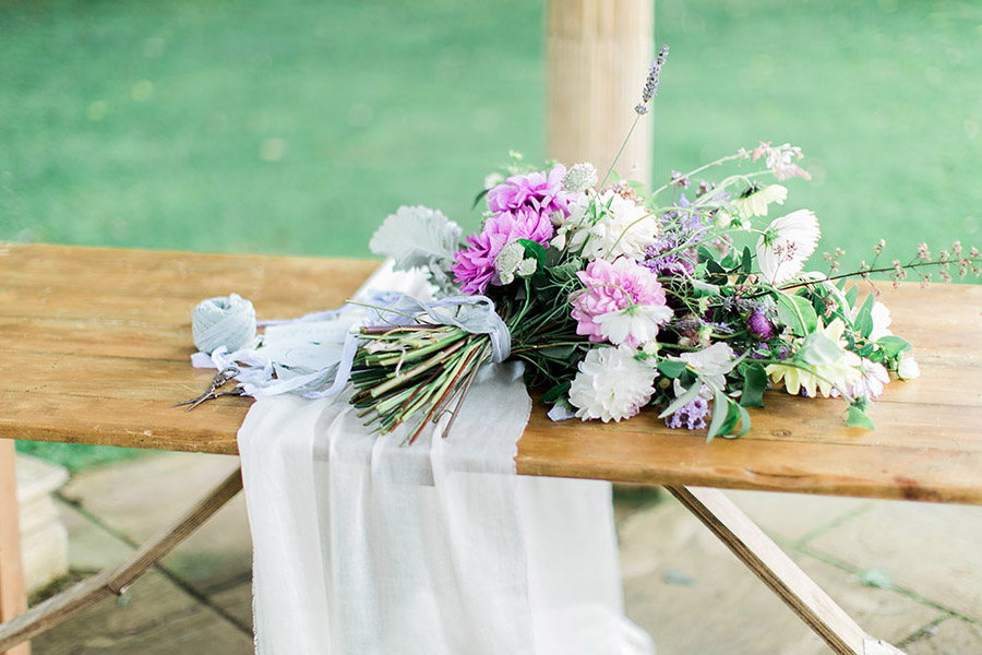 How to style your wedding with British grown flowers, with Alexandra Rose and Bethany Stanley Photography (15)