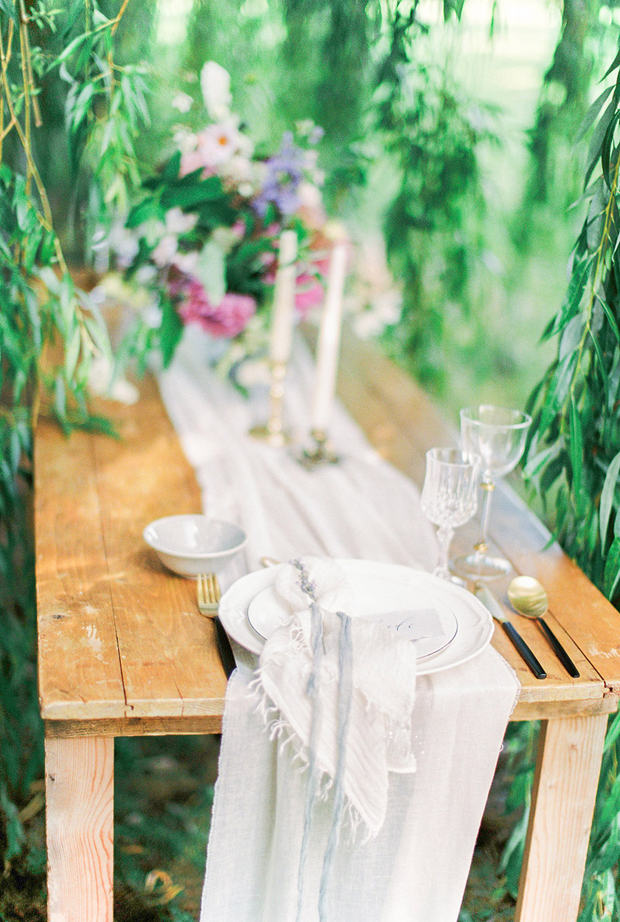 How to style your wedding with British grown flowers, with Alexandra Rose and Bethany Stanley Photography (17)