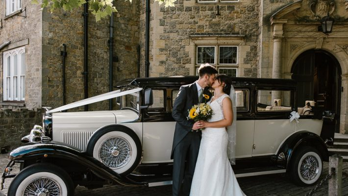 Cowdray estate wedding with sunflowers, images by Joanna Cleeve Photography (9)