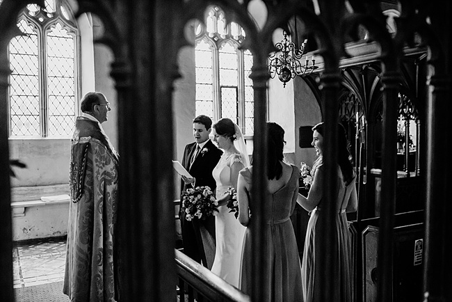 The Great Barn wedding in Devon, photographer Holly Collings (12)