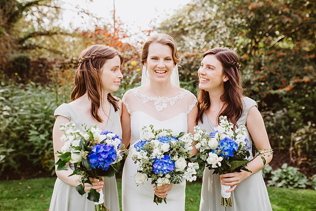 The Great Barn wedding in Devon, photographer Holly Collings (18)
