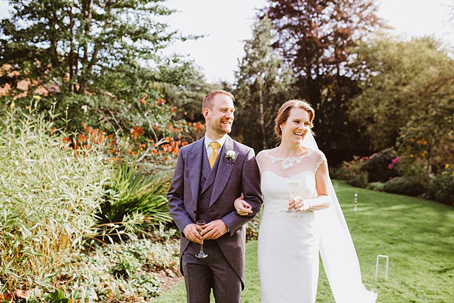 The Great Barn wedding in Devon, photographer Holly Collings (20)