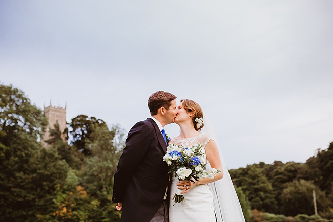 The Great Barn wedding in Devon, photographer Holly Collings (36)