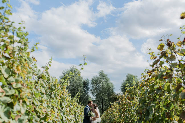 Beautiful summer wedding outdoors in an English vineyard, with Danielle Smith Photography (24)