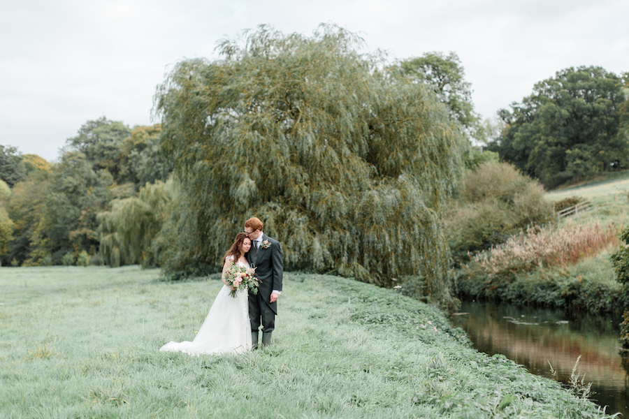 English summer wedding at Alveston Pastures, with Hannah K Photography (17)