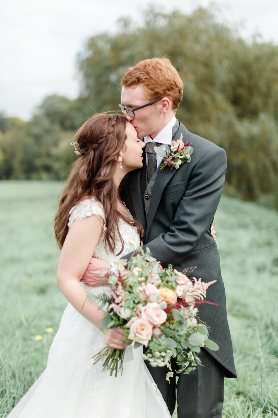 English summer wedding at Alveston Pastures, with Hannah K Photography (19)