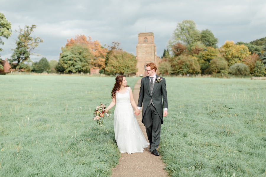 English summer wedding at Alveston Pastures, with Hannah K Photography (20)