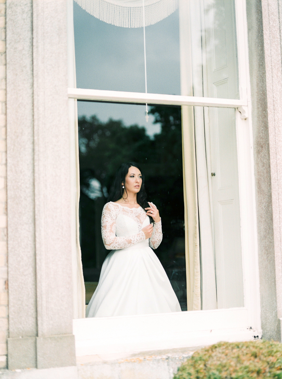 Hampshire wedding photographer Cooper Photography on the English Wedding Blog (30)