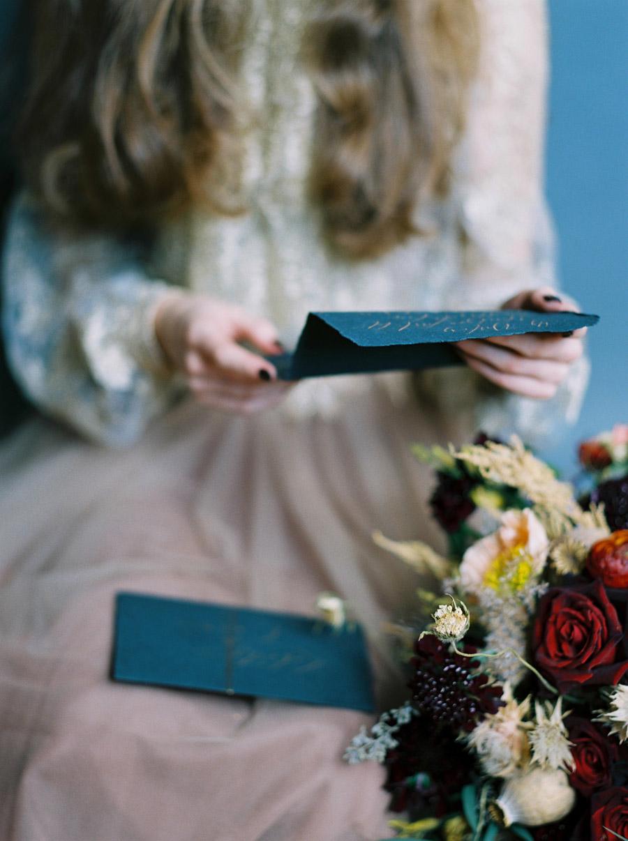 Vintage designer wedding inspiration for 2018, image credit Verona Lain Photography on the English Wedding Blog (13)