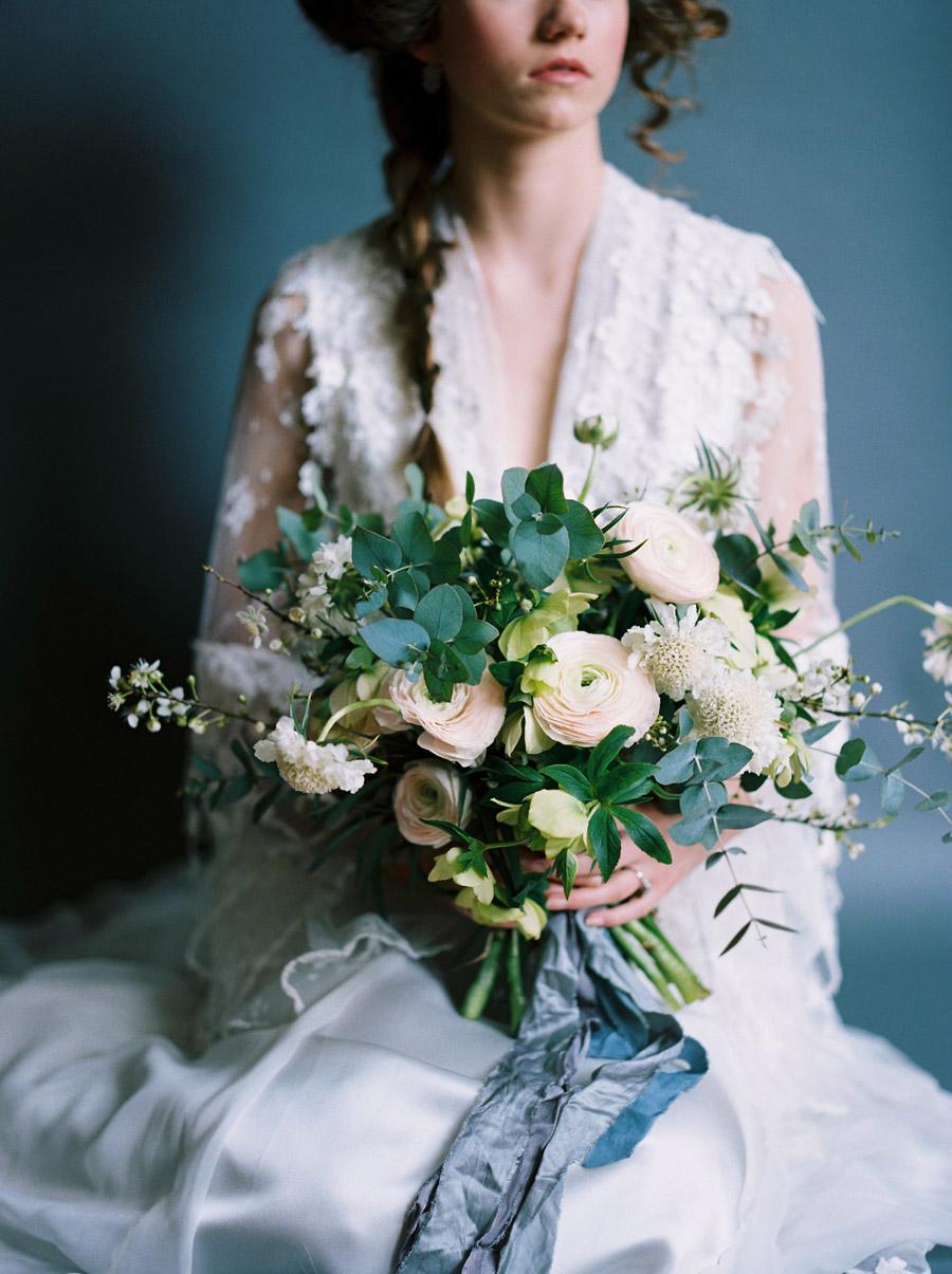 Vintage designer wedding inspiration for 2018, image credit Verona Lain Photography on the English Wedding Blog (15)