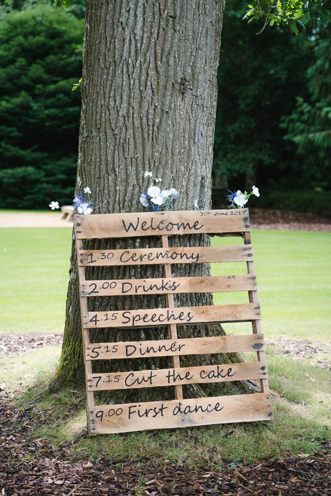 Relaxed Larmer Tree Gardens wedding, images by Married to my Camera (8)