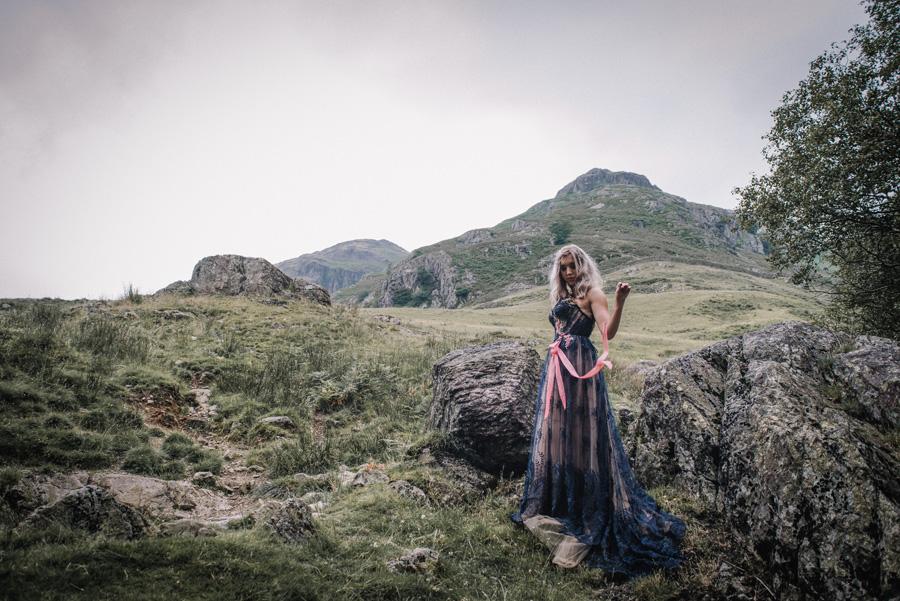 mountain wedding inspiration UK elopement styling English Wedding Blog (10)