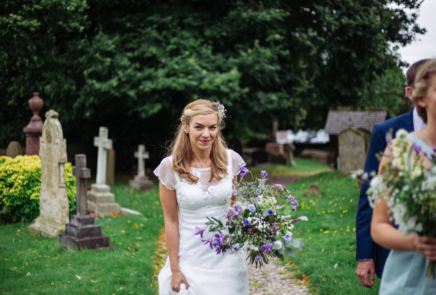Gorgeous purple flowers for a summer wedding with Delicious Photography (15)