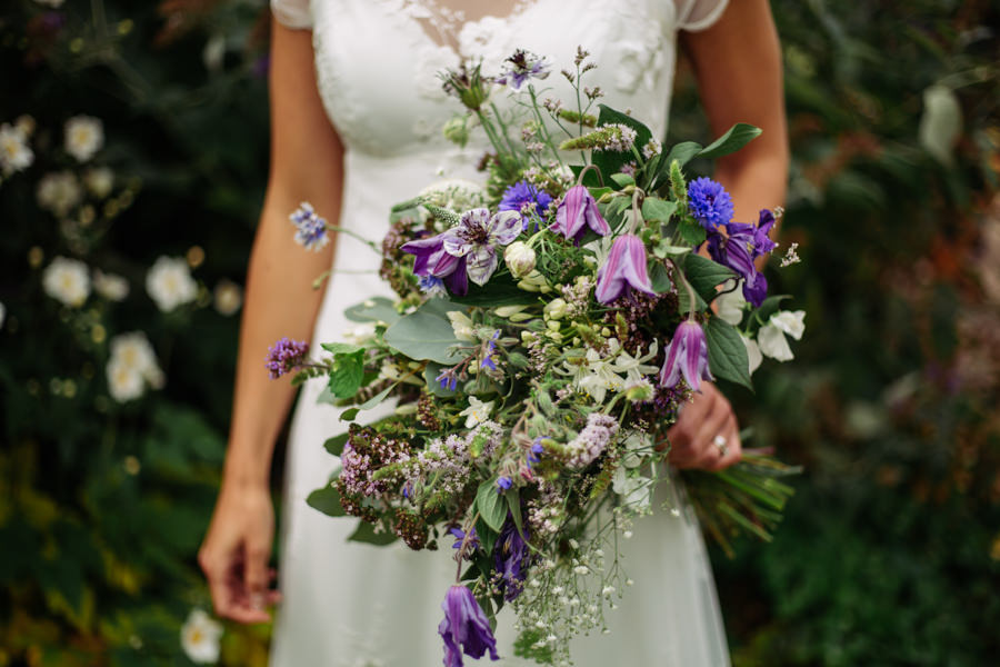 Gorgeous purple flowers for a summer wedding with Delicious Photography (31)